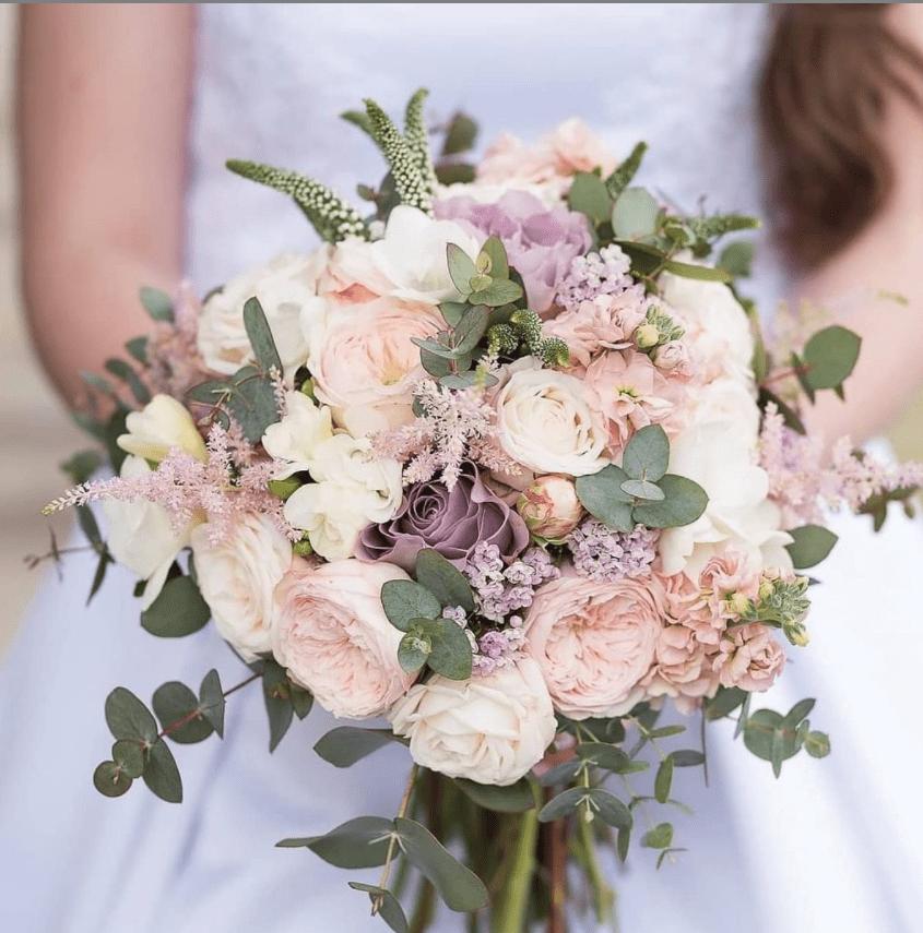 svadobná kytica - kvety pivonka