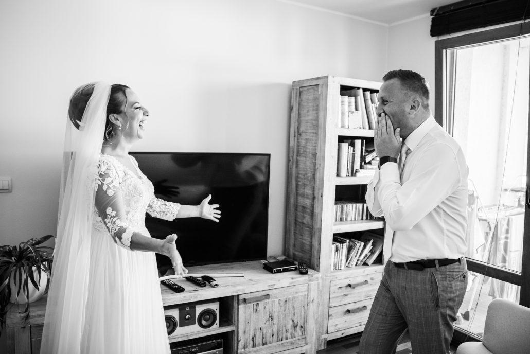 Prvý pohľad novomanželov - fotograf Michal Wagner.