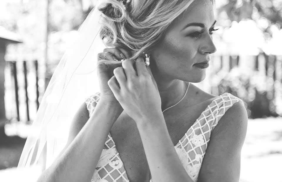 elegantné náušnice na svadbu