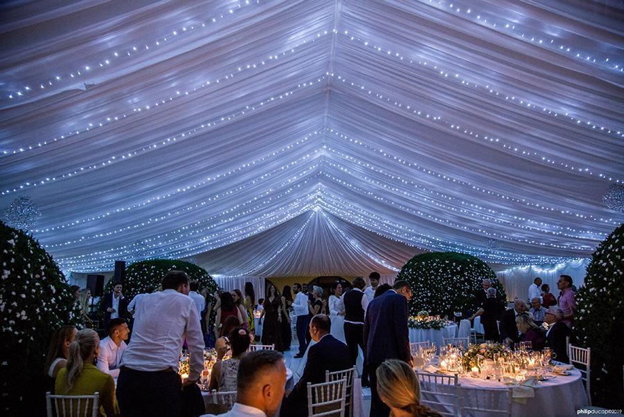 Romantické hviezdne nebo vo svadobnom stane - vysnívaná svadba