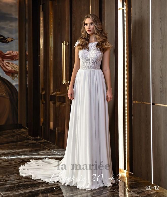 boho svadobné biele šaty - Svadobný salón La Mariée