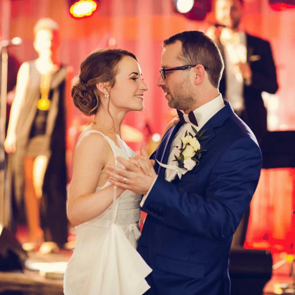 svadobný tanec mladomanželov