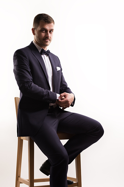 čierny svadobný oblek Pavanna Fashion