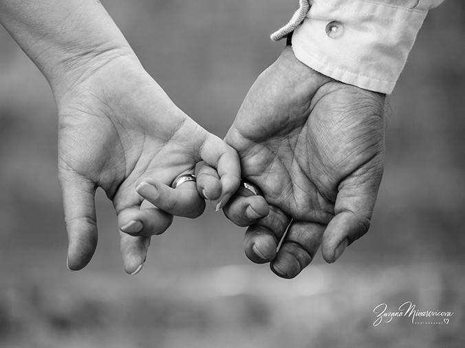 fotografka Zuzana Minarovičová - svadobné fotky čiernobiele